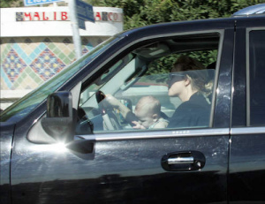 Britney Spears Driving with baby