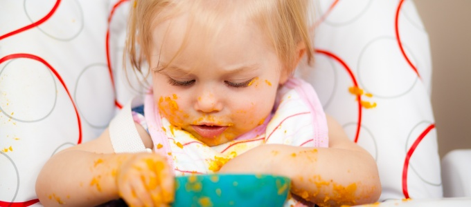 5 Reasons why you should wait until 6 months to start your baby on solids