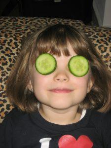 Best dark under eye circles home remedy