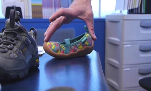 Flexible kids shoes