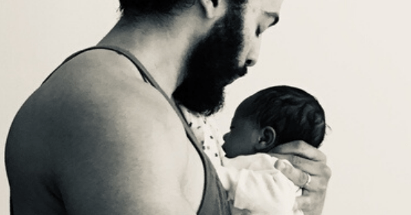 Dad delivers his daughter