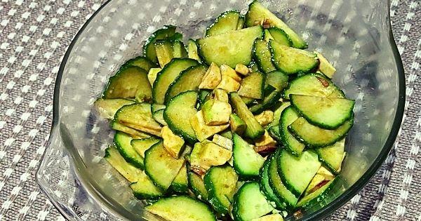 Cucumber avo braai salad