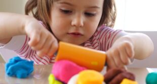 Kid Playdough Activity