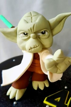 Yoda Cake Figurine