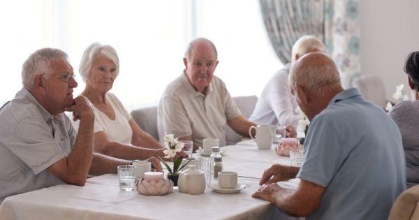 Retirement dining